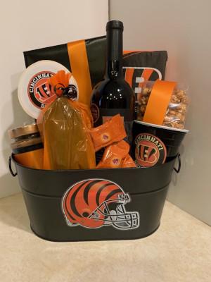 Cincinnati Bengals Cincinnati Bengals. NFL Gift Basket & Cincinnati Bengals - NFL Gift Basket