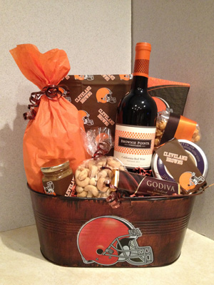 Cleveland Browns - NFL Gift Basket